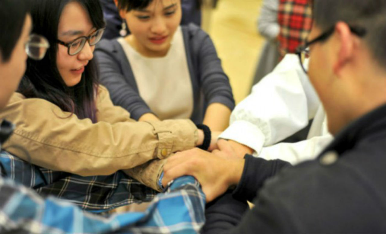 Kết nối và gầy dựng các mối quan hệ là tiền đề của cơ hội việc làm cho sinh viên trong tương lai
