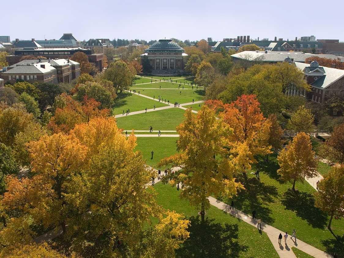 no-9-university-of-illinois-at-urbanachampaign 10 đại học công lập tốt nhất Hoa Kỳ 2015